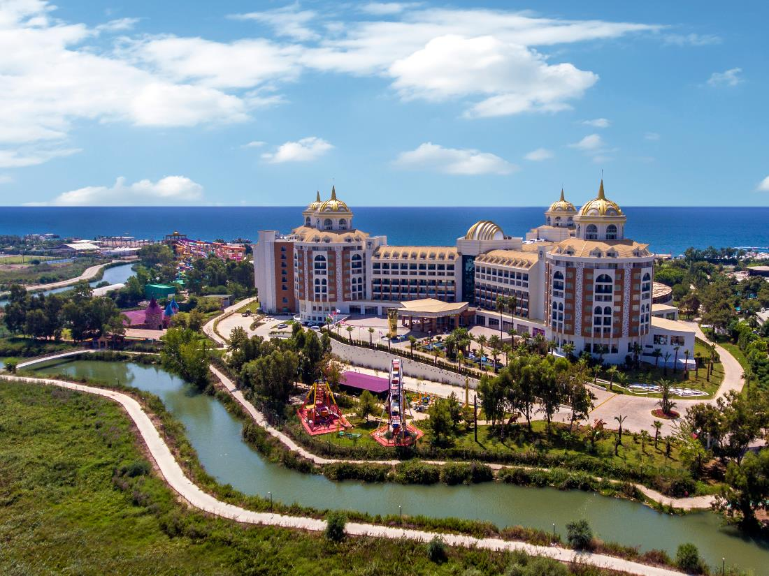 Overview - Delphin Be Grand Resort