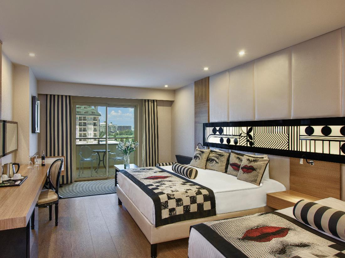 Superior Room Land Side - Accommodation - Delphin Imperial