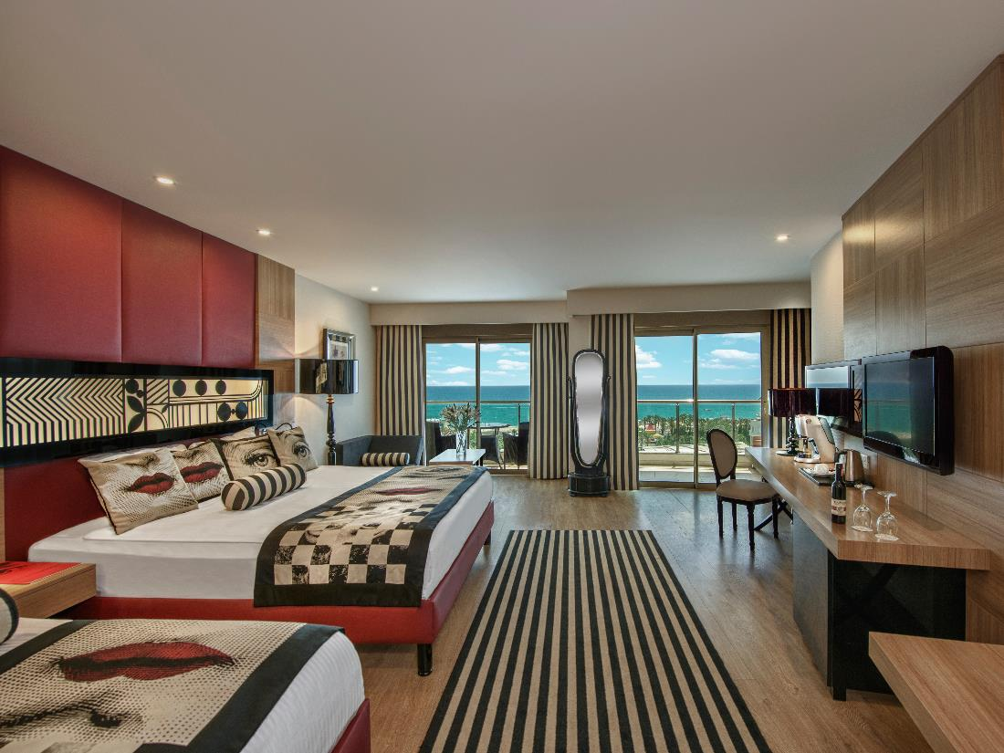 Junior Suite - Accommodation - Delphin Imperial