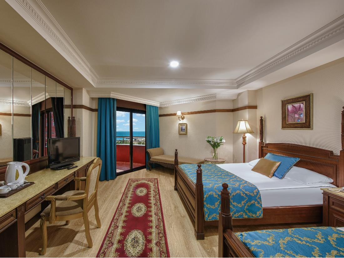 Standard Direct Sea View Room - Accommodation - Delphin Palace