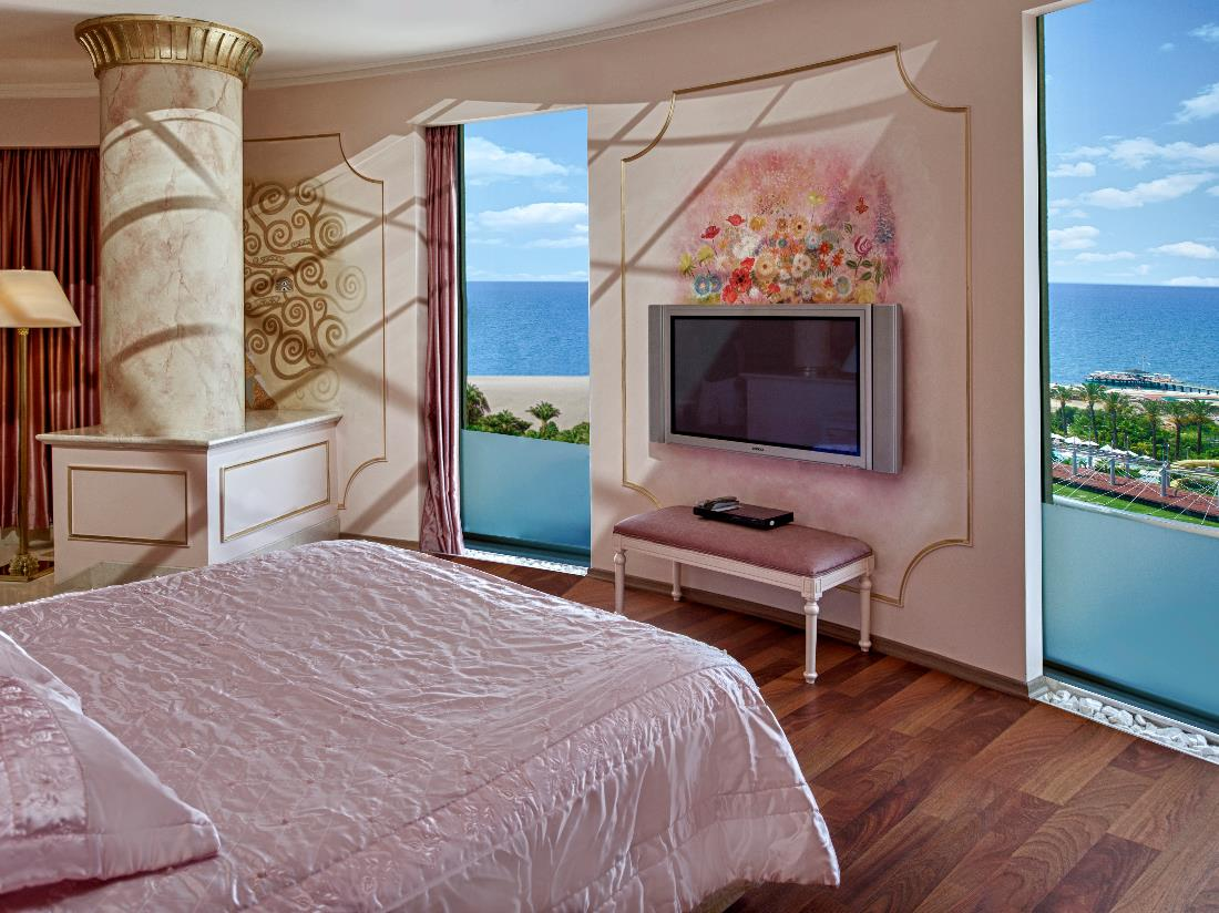Pink Suite - Accommodation - Delphin Diva