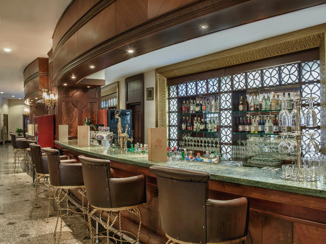 Bars - Food & Beverage - Delphin Palace